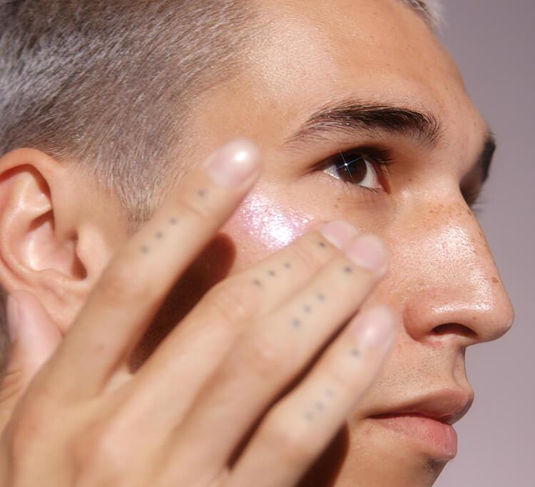 A new take on no-makeup makeup