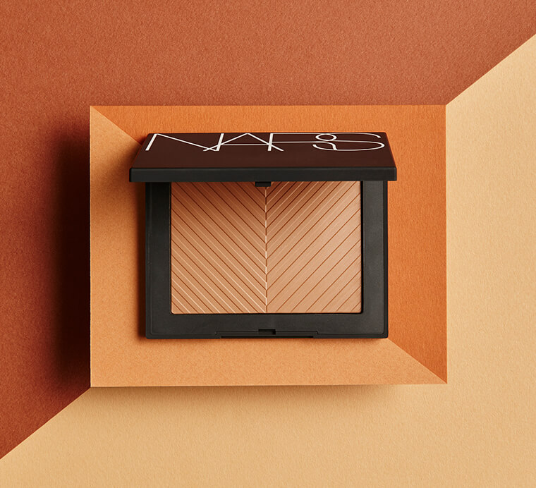 The bronzer that broke the internet