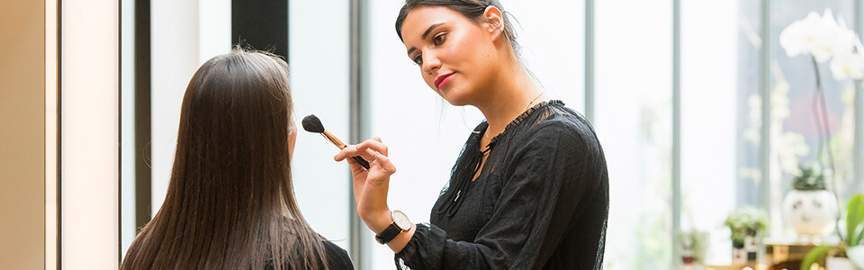 In Store Services | Makeup Applications | MECCA