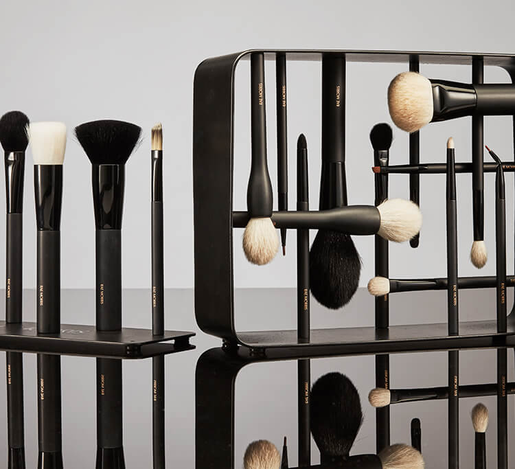 The calligraphy-crafted makeup brushes about to change <em>everything</em>