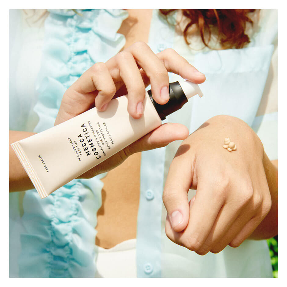 Mecca Cosmetica - In A Good Light Face Tint with SPF 30 - Light