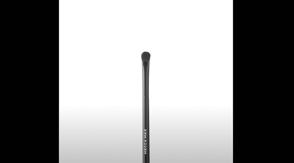 Flat Eyeshadow Brush, , video