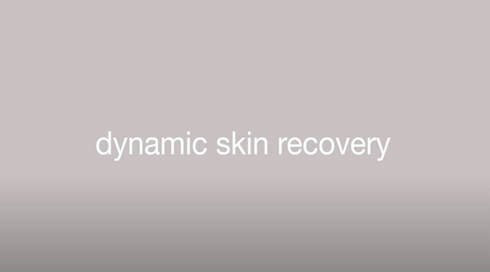Dynamic Skin Recovery SPF 50, , video
