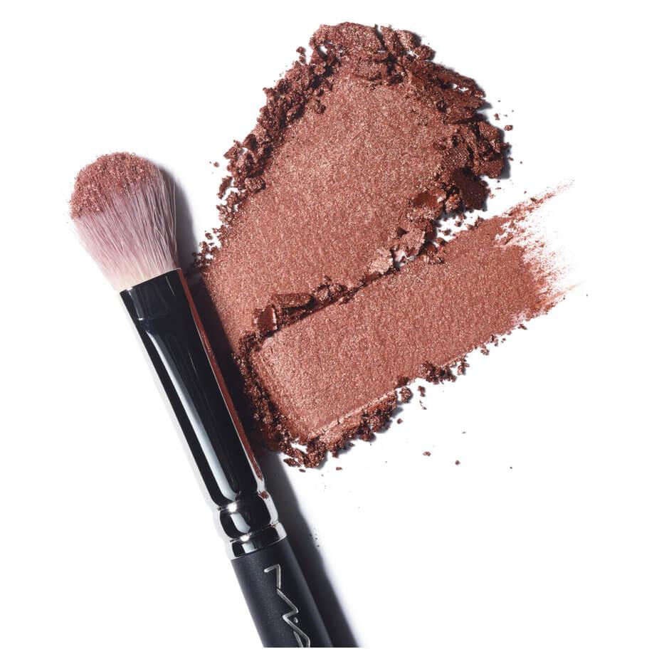 M·A·C Cosmetics - BRONZING FOILED SHADOW - SAND
